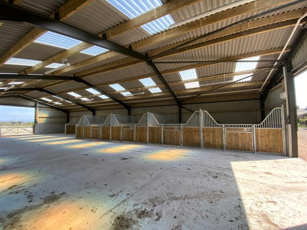 Internal stables - Blackpool - Pine Fontainbleau
