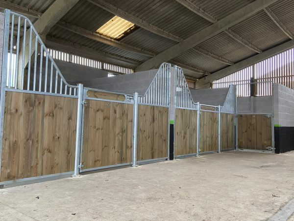 Stable fronts Colchester Pine Fontainbleau and Club2