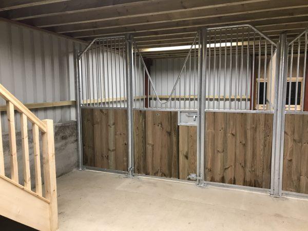Internal stables V bar doors