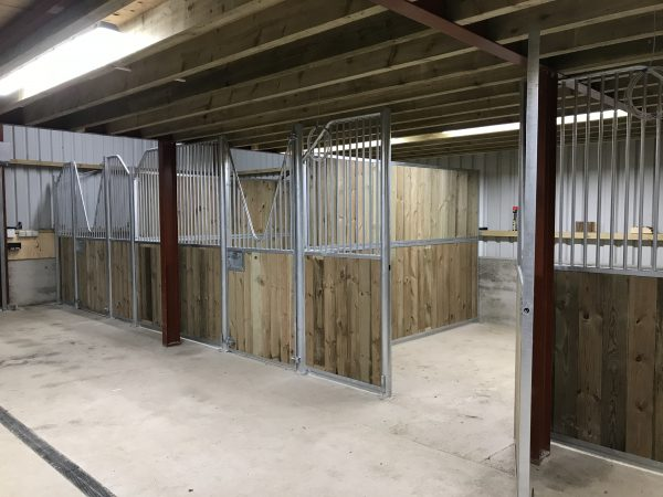 Internal stables with V-Grill