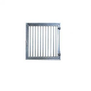 Stable shutter with bars